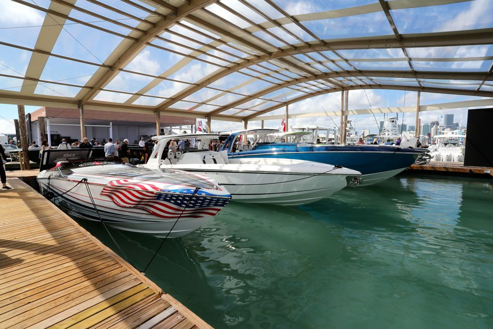Cigarette Boats' Tirranna, Fountain's 43NX Center Console and Others Steal the Show in Miami