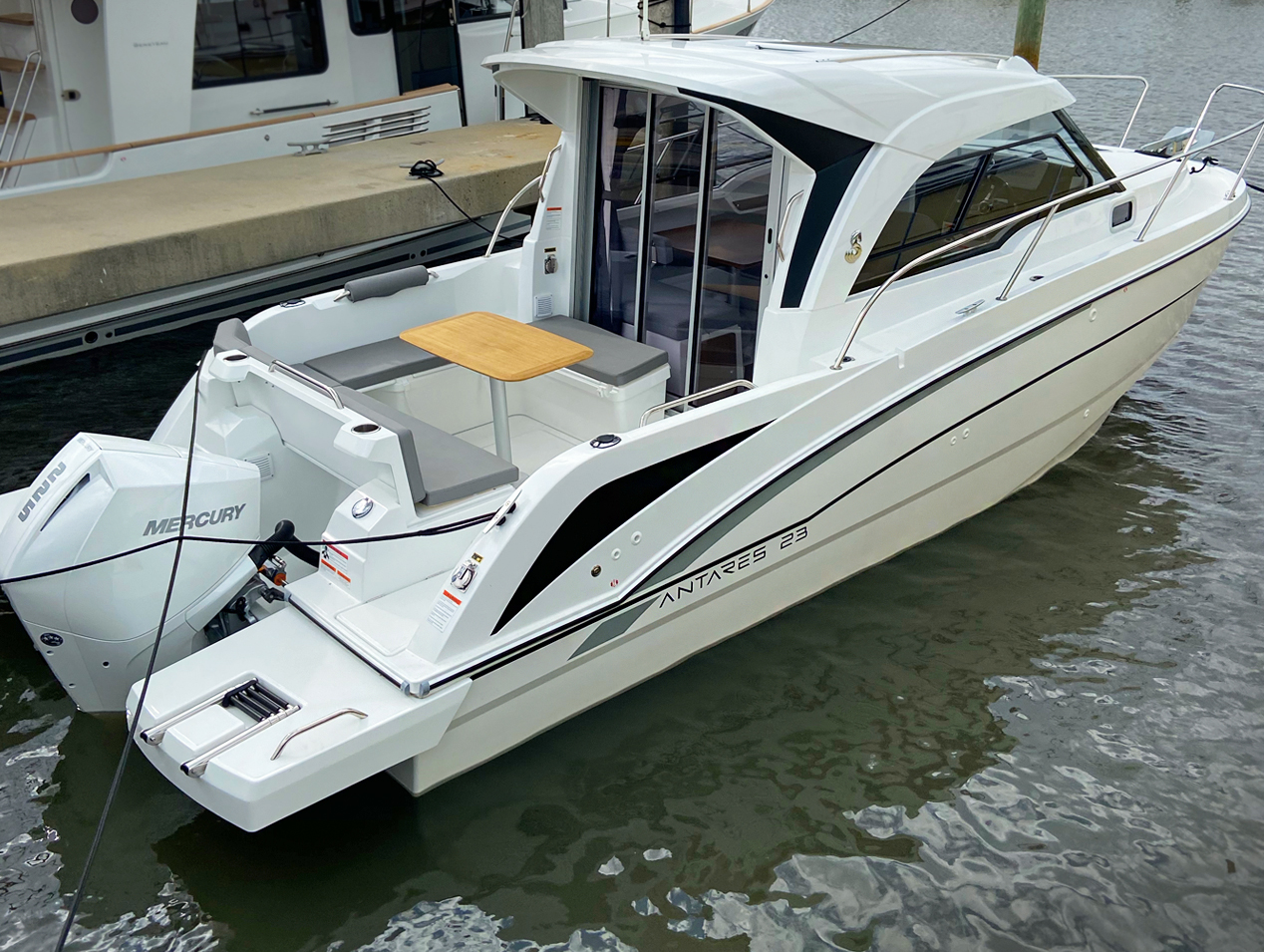 Beneteau Antares 23 Boat Review