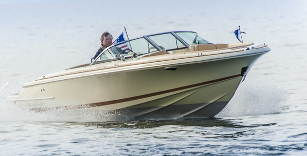 Chris-Craft Launch 22: Bowrider mit klassischem Styling