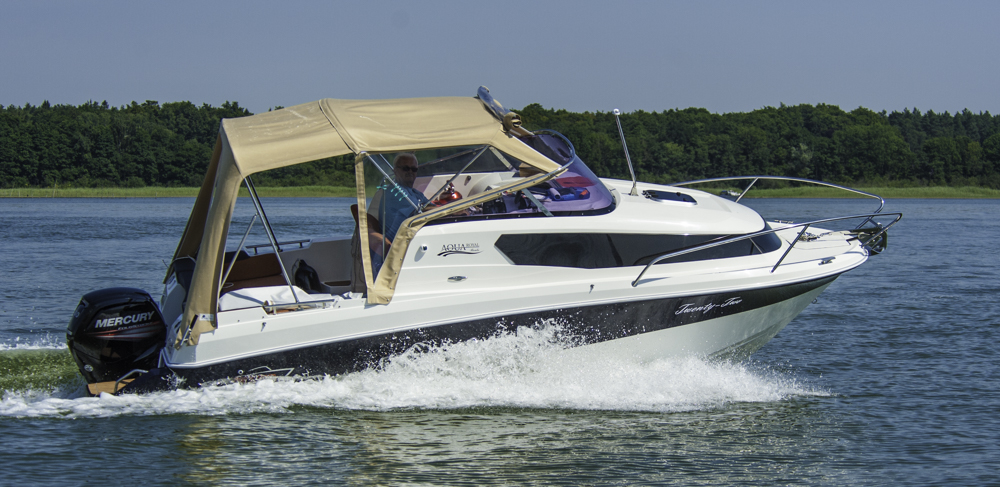 2015 AquaRoyal Cruiser 680-7426