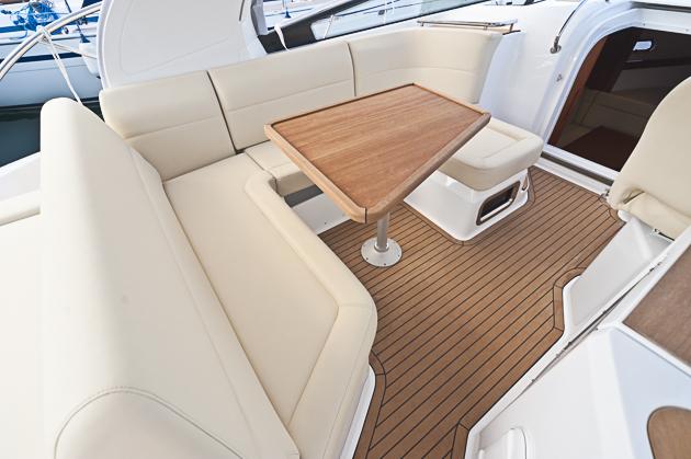 bavaria sport 32 mehr boot gleicher charakter. Black Bedroom Furniture Sets. Home Design Ideas