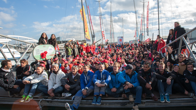 Barcelona World Race 2014 niños
