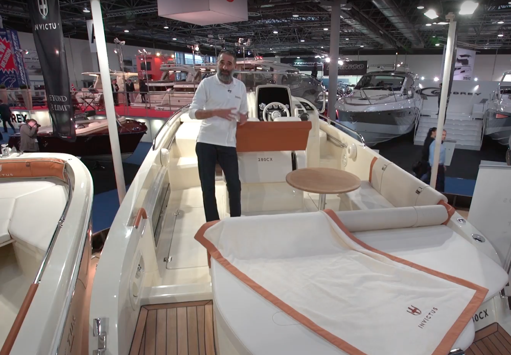Invictus 280 CX: A primera vista | Video