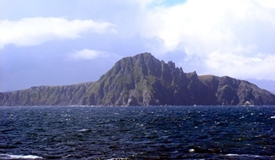 A calm day at Cape Horn, which lies in the band of ferocious westerly winds that blow unimpeded around the bottom of the world. (WikiCommons photo)