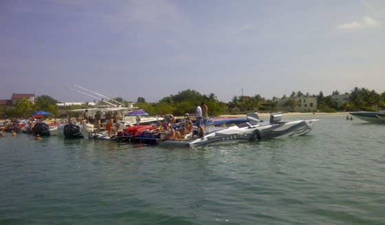 Powerboatnation.com's first official event attracted 55 boats and more than 200 people.