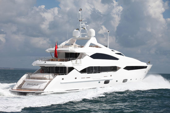 Sunseeker 40 Metre: License to Thrill