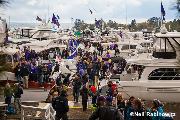 During game time the boats are vacated as sailors become football fans, but until then the docks are home to one of the biggest waterfront parties on the coast.
