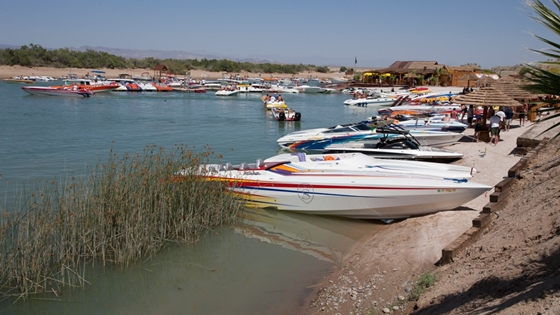 The sandy banks on each side of the channel are ideal for nosing in with your boat and spending the day on the beach.